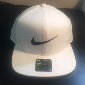 Nike snap back hat, white with navy blue logo, new